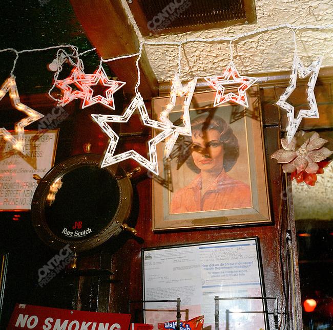 The Palm Garden's Pub, 2003.