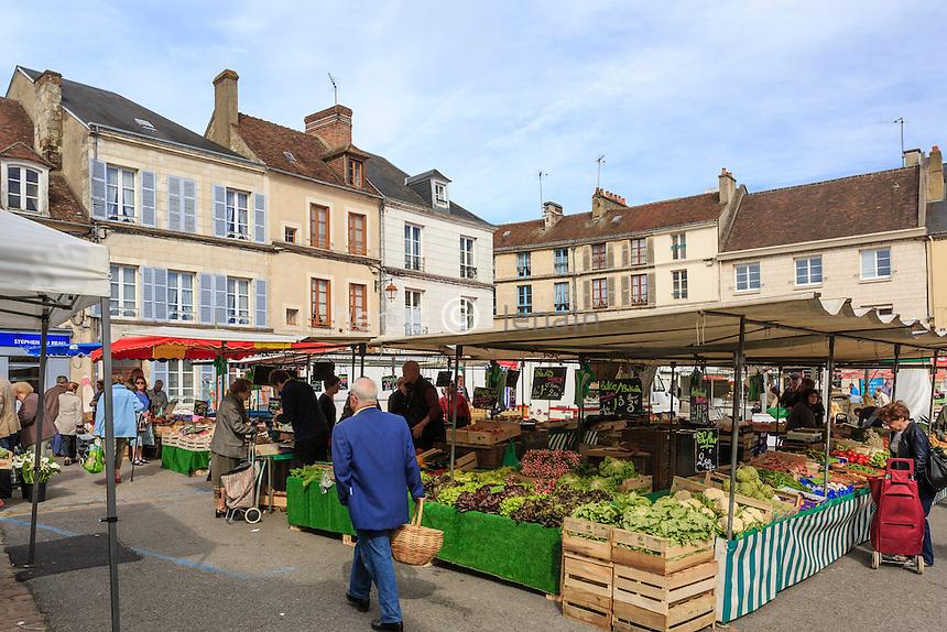France, Orne (61), Mortagne-au-Perche, jour de marché // France, Orne, Mortagne au Perche, market day