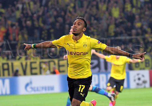 6.09.2014. Dortmund, Germany. Champions League group stages; Borussia Dortmund, versus Arsenal. Signal-Iduna-Park-Stadion Ciro Immobile (Dortmund) Celebrating the goal for 2:0 from Pierre-Emerick Aubameyang (Borussia Dortmund)