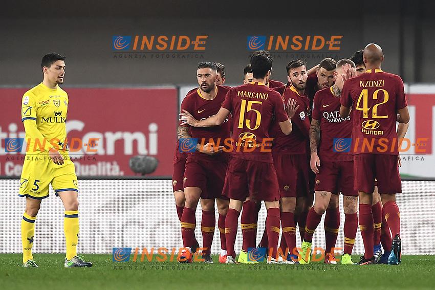 Edin Dzeko of AS Roma celebrates with team mates after scoring goal of 0-2 <br /> Verona 8-2-2019 Stadio Bentegodi Football Serie A 2018/2019 Chievo Verona - AS Roma <br /> Foto Image Sport / Insidefoto