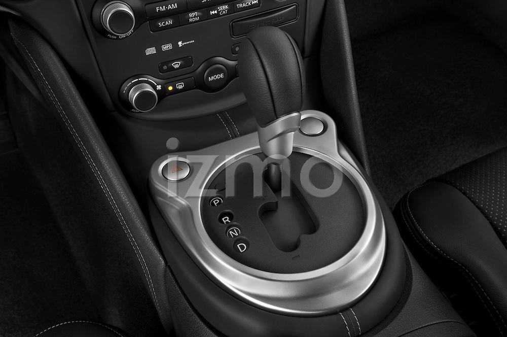 Gear shift detail view of a 2009 Nissan 370 Z Touring Coupe