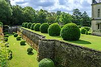 France, Indre-et-Loire (37), Montlouis-sur-Loire, jardins du château de la Bourdaisière, les douves