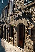 Italien, Toskana, Gasse in Santa Fiora