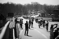 stretched peloton<br /> <br /> 107th Milano-Sanremo 2016