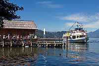 Oesterreich, Kaernten, Millstaetter See, Doebriach: Schiffsanlegestelle fuer die Seenrundfahrt | Austria, Carinthia, Lake Millstatt, Doebriach: landing stage for sightseeing boat