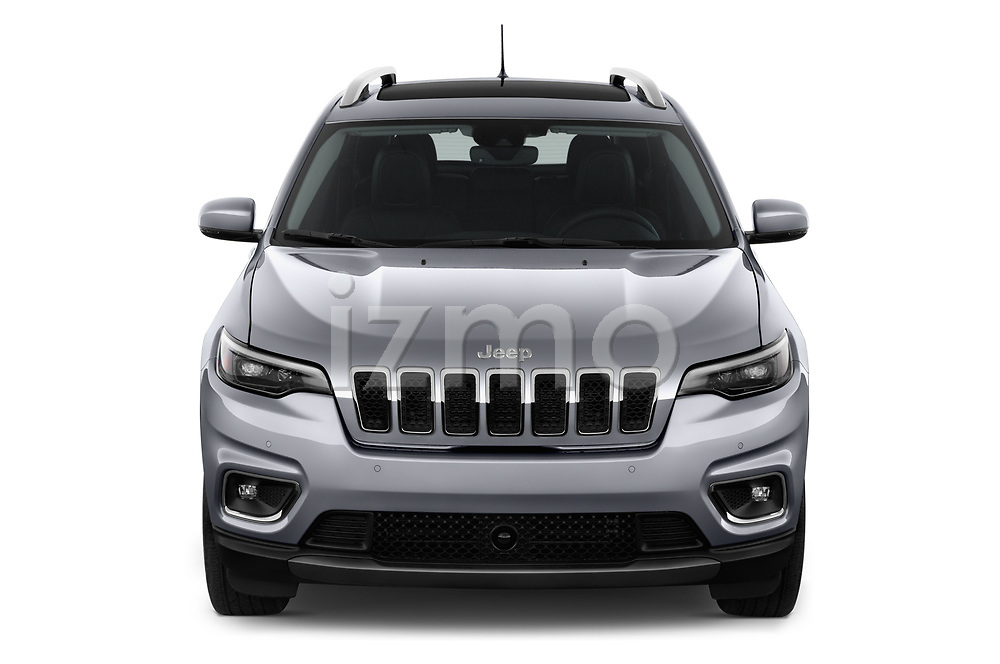 Car photography straight front view of a 2018 Jeep Cherokee Limited 5 Door SUV
