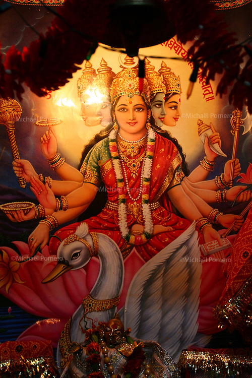 29.10.2007 Varanasi(Uttar Pradesh)<br /> <br />  Family temple in Varanasi.<br /> <br /> Temple familiale a Varanasi.