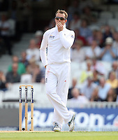 Graeme Swann of England - England vs Australia - 1st day of the 5th Investec Ashes Test match at The Kia Oval, London - 21/08/13 - MANDATORY CREDIT: Rob Newell/TGSPHOTO - Self billing applies where appropriate - 0845 094 6026 - contact@tgsphoto.co.uk - NO UNPAID USE