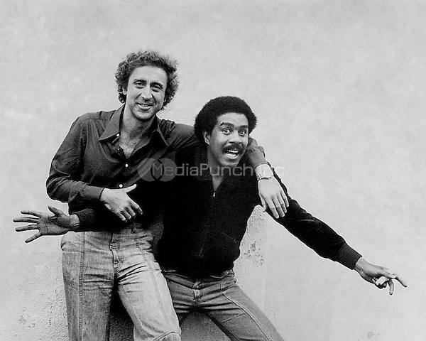 Silver Streak (1976) <br /> Richard Pryor as Grover Muldoon<br /> Gene Wilder as George Caldwell <br /> *Filmstill - Editorial Use Only*<br /> CAP/PLF<br /> Supplied by Capital Pictures / MediaPunch