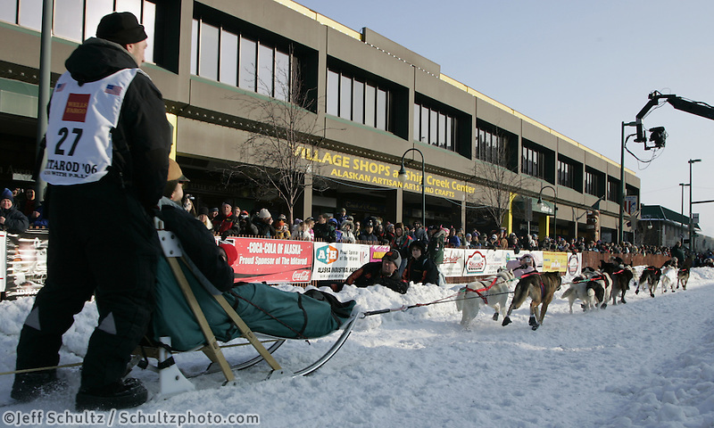Dave Tresino leaves the Anchorage start line on 4th avenue during the start of the Iditarod.