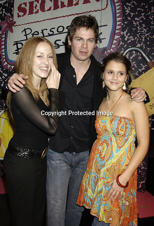 Jennifer Ferrin, Trent Dawson and Alexandra Chando ..at The Workshop Theatre Company presents Daytime at ..Nighttime benefitting The WorkShop Theatre Company ..on November 17, 2005 at The Lucille Lortel Theatre. ..Photo by Robin Platzer, Twin Images
