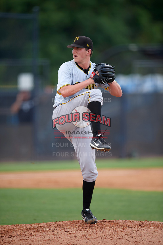 Pittsburgh Pirates pitcher Brandon Waddell (34) delivers a pitch during an Instructional League game against the New York Yankees on September 29, 2017 at the Yankees Minor League Complex in Tampa, Florida.  (Mike Janes/Four Seam Images)
