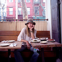 USA. Brooklyn. 5th December 2008..Erin Wasson at Vinegar Hill House, Brooklyn..©Andrew Testa