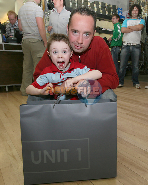Simon and Sean Foley at the party in Unit 1...Photo NEWSFILE/Jenny Matthews.(Photo credit should read Jenny Matthews/NEWSFILE)....This Picture has been sent you under the condtions enclosed by:.Newsfile Ltd..The Studio,.Millmount Abbey,.Drogheda,.Co Meath..Ireland..Tel: +353(0)41-9871240.Fax: +353(0)41-9871260.GSM: +353(0)86-2500958.email: pictures@newsfile.ie.www.newsfile.ie.FTP: 193.120.102.198.