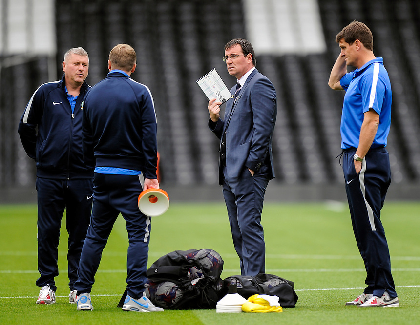 Blackburn Rovers manager Gary Bowyer (1st right) and the coaching staff<br /> <br /> Photographer Ashley Western/CameraSport<br /> <br /> Football - The Football League Sky Bet Championship - Fulham v Blackburn Rovers - Sunday 13th September 2015 - Craven Cottage<br /> <br /> &copy; CameraSport - 43 Linden Ave. Countesthorpe. Leicester. England. LE8 5PG - Tel: +44 (0) 116 277 4147 - admin@camerasport.com - www.camerasport.com