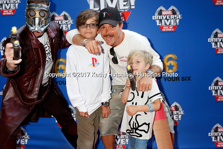 LOS ANGELES - JUL 8:  Star-Lord, Clayne Crawford, sons_ at the Marvel Universe Live Red Carpet at the Staples Center on July 8, 2017 in Los Angeles, CA