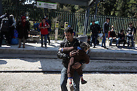 Pictured: Refugees arrive at the Helliniko camp Friday 26 February 2016<br />