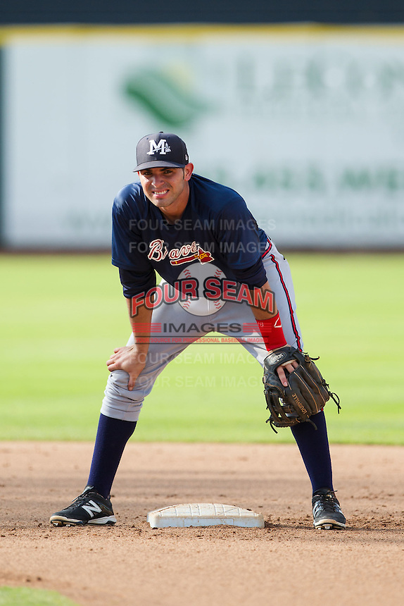 Mississippi Braves second baseman Jose Peraza (7) during infield practice prior to the game against the Tennessee Smokies at Smokies Park on July 22, 2014 in Kodak, Tennessee.  The Smokies defeated the Braves 8-7 in 10 innings. (Brian Westerholt/Four Seam Images)