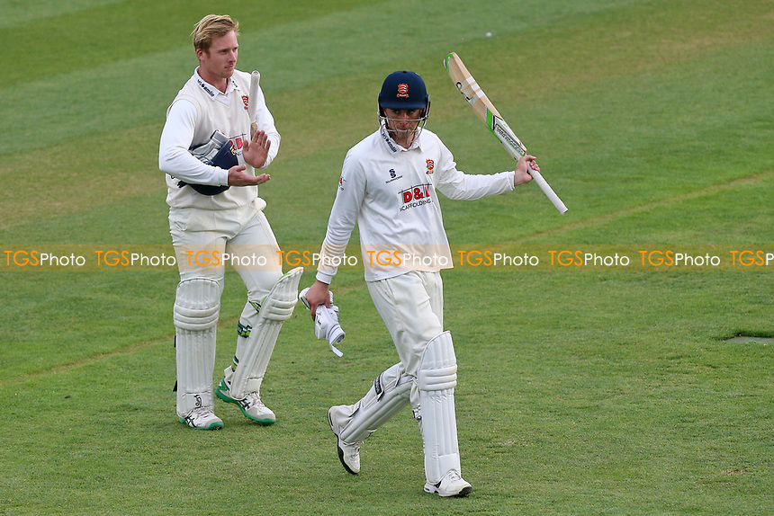 Daniel Lawrence of Essex acknowledges the crowd after helping his side to a draw during Essex CCC vs Lancashire CCC, Specsavers County Championship Division 1 Cricket at The Cloudfm County Ground on 10th April 2017