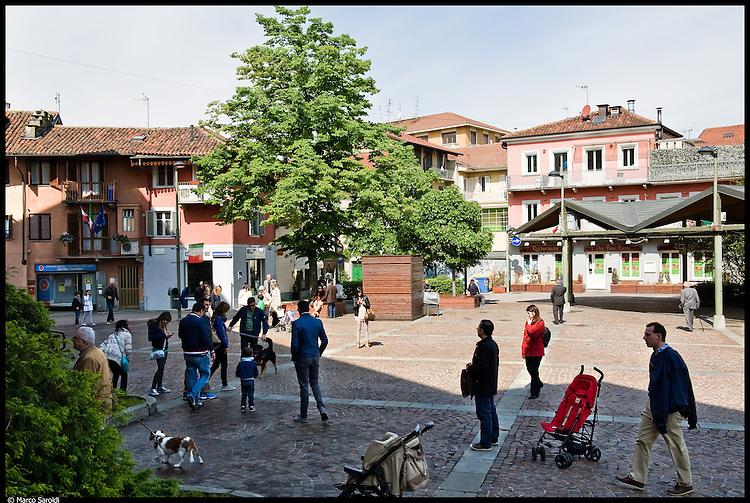 SETTIMO TORINESE - Piazza del Municipio