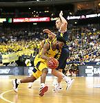 05.06.2019, Mercedes Benz Arena, Berlin, GER, ALBA BERLIN vs.  Oldenburg, <br /> im Bild Derrick Walton Jr. (ALBA Berlin #7), Karsten Tadda (Baskets Oldenburg #9)<br /> <br />      <br /> Foto © nordphoto / Engler