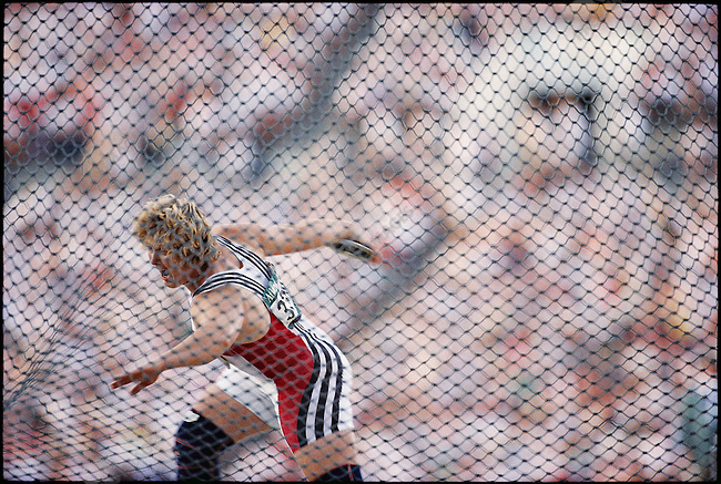 Discus throw finals, women, Ilke Wyludda (Germany) gold. Atlanta, Georgia, USA, August 1996.