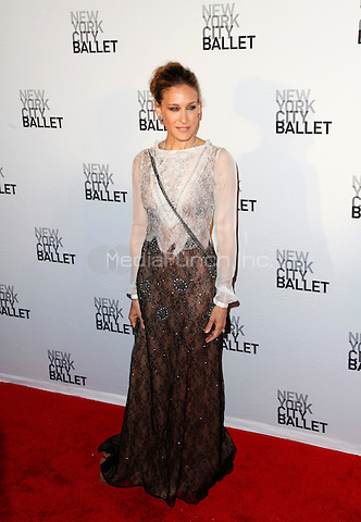 Sarah Jessica Parker pictured at the New York City Ballet's 2011 Spring Gala at the David H. Koch Theater, Lincoln Center in New York City, May 11, 2011 © Martin Roe / MediaPunch Inc.