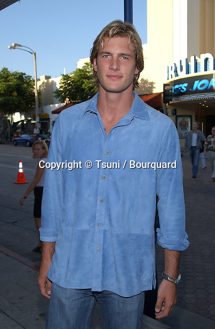 Ryan McPartlin - Passions -  arriving at the  premiere of American Outlaws at the Mann Village Theatre in Los Angeles August 14, 2001   © Tsuni          -            McPartlinRyan_Passions02.jpg
