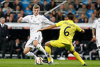 Real Madrid´s German midfielder Tony Kroos and Villareal´s Mexican forward Dos Santos
