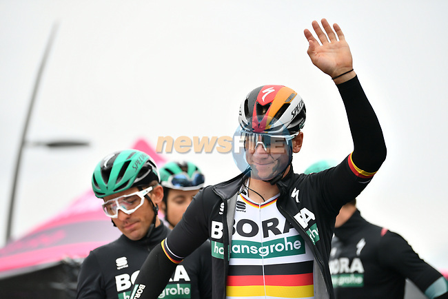 German Champion Pascal Ackermann (GER) and Bora-Hansgrohe at sign on before Stage 16 of the 2019 Giro d'Italia, running 194km from Lovere to Ponte di Legno, Italy. 28th May 2019<br /> Picture: Massimo Paolone/LaPresse | Cyclefile<br /> <br /> All photos usage must carry mandatory copyright credit (© Cyclefile | Massimo Paolone/LaPresse)