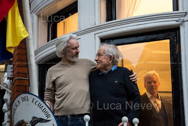 Julian Assange & Noam Chomsky, The Forgotten Meeting.