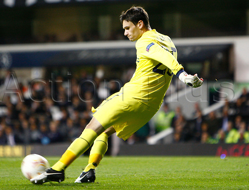 20.09.2012 London, ENGLAND: ..Hugo Lloris of Tottenham Hotspur..takes a goal kick during the Europa League Group J match between Tottenham Hotspur and SS Lazio at White Hart Lane Stadium..The game ended in a 0-0 draw.....