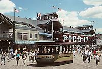 New York: South Street Seaport. Pier Pavilion, Pier 17, 1984. Benjamin Thompson & Assoc.; for Rouse Corporation. Photo '91.