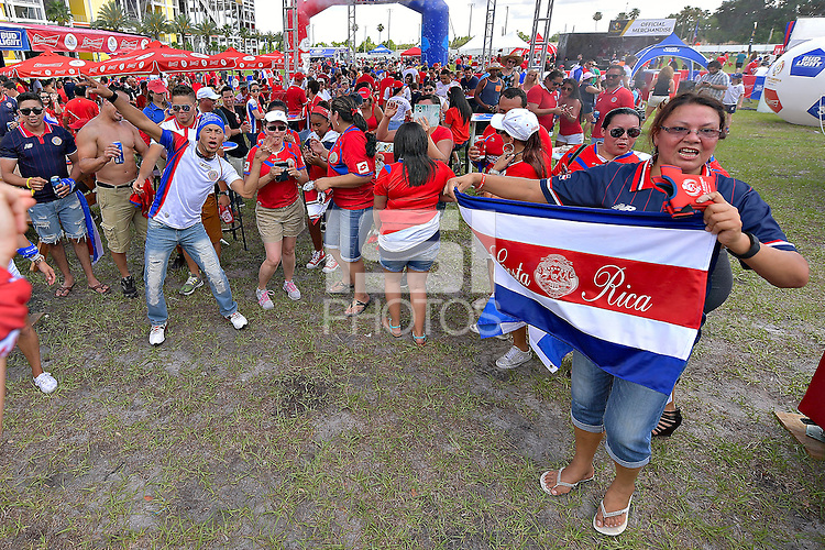 Photo before the match Costa Rica vs Paraguay, Corresponding Group -A- America Cup Centenary 2016, at Citrus Bowl Stadium<br /> <br /> Foto previo al partido Estados Unidos vs Colombia, Correspondiante al Grupo -A-  de la Copa America Centenario USA 2016 en el Estadio Citrus Bowl, en la foto: Fans<br /> <br /> 04/06/2016/MEXSPORT/Isaac Ortiz.