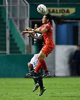PALMIRA - COLOMBIA, 03-08-2019: Marcela Rodriguez del Cali disputa el balón con Karen Balcazar de Cortulua durante partido entre Deportivo Cali y Cortuluá por la fecha 4 de la Liga Femenina Águila 2019 jugado en el estadio Deportivo Cali de la ciudad de Palmira. / Marcela Rodriguez of Cali vies for the ball with Karen Balcazar of Cortulua during match between Deportivo Cali and Cortulua for the date 4 as part Aguila Women League 2019 played at Deportivo Cali stadium in Palmira city. Photo: VizzorImage / Nelson Rios / Cont