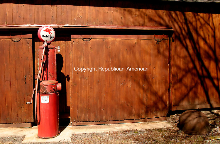 ROXBURY, CT--28 MARCH 2007--032807JS06- An old gas pump outside the Roxbury Historical Society. FOR COUNTRY LIFE<br /> Jim Shannon / Republican-American