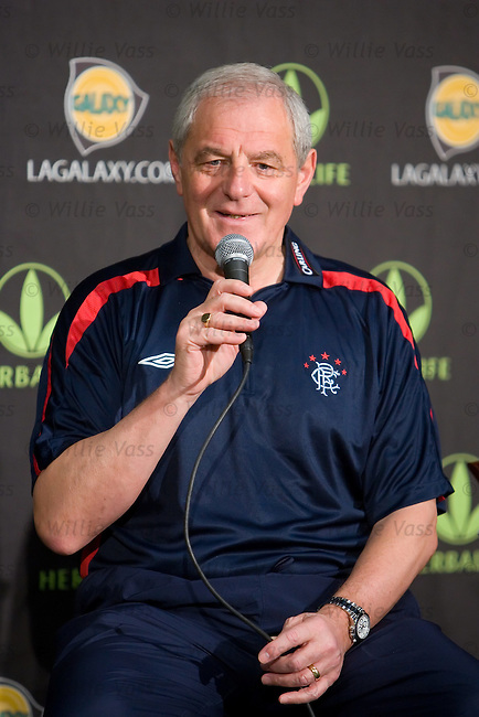 Walter Smith answers questions from the floor during today's LA Galaxy press conference in Carson, Los Angeles