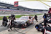 #20: Christopher Bell, Joe Gibbs Racing, Toyota Camry GameStop/Hello Neighbor, makes a pit stop