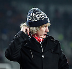Nederland, Alkmaar, 19 januari  2013.Eredivisie.Seizoen 2012/2013.AZ-Vitesse 4-1.Gertjan Verbeek, trainer-coach van AZ krapt zich achter zijn oren