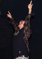 ATENCAO EDITOR FOTO ARQUIVO DE 29/08/2009 - Chorão durante apresentação da banda Charlie Brown Jr. no Gas Festival na Chacará Jockey na região sul de São Paulo em 29/08/2009 - Chorão, vocalista e líder da banda de rock Charlie Brown Jr, foi encontrado morto nesta madrugada, 6, em Pinheiros, na zona oeste de São Paulo. 06/03/2013. FOTO: WILLIAM VOLCOV / BRAZIL PHOTO PRESS).