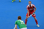 ENG - London, England, August 29: During the men bronze medal match between Ireland (green) and England (red) on August 29, 2015 at Lee Valley Hockey and Tennis Centre, Queen Elizabeth Olympic Park in London, England. Final score 4-2 (2-2). (Photo by Dirk Markgraf / www.265-images.com) *** Local caption *** Barry MIDDLETON #18 of England