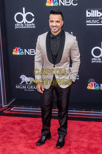 LAS VEGAS, NV - MAY 20: Luis Fonsi at the 2018 Billboard Music Awards at the MGM Grand Garden Arena in Las Vegas, Nevada on May 20, 2018. <br /> CAP/MPI/DAM<br /> &copy;DAM/MPI/Capital Pictures