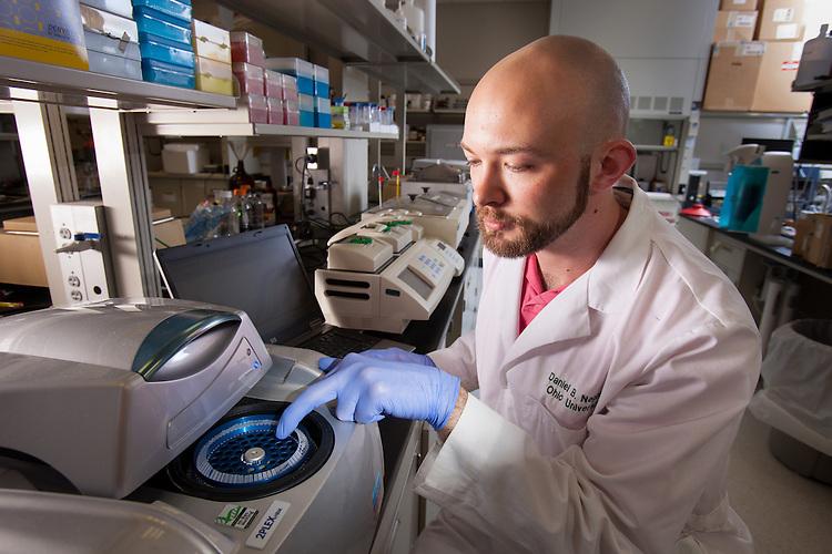 Student Daniel B. Nething, Biochemistry Research Facility Ohio University. © Ohio University / Photo by Jonathan Adams