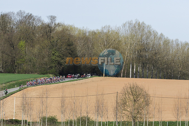 The peleton in action during La Fleche Wallonne Femmes 2018 running 118.5km from Huy to Huy, Belgium. 18/04/2018.<br /> Picture: ASO/Thomas Maheux   Cyclefile.<br /> <br /> All photos usage must carry mandatory copyright credit (© Cyclefile   ASO/Thomas Maheux)
