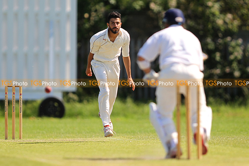 I Butt of Barking in Bowling actionduring Newham CC vs Barking CC, Essex County League Cricket at Flanders Playing Fields on 10th June 2017