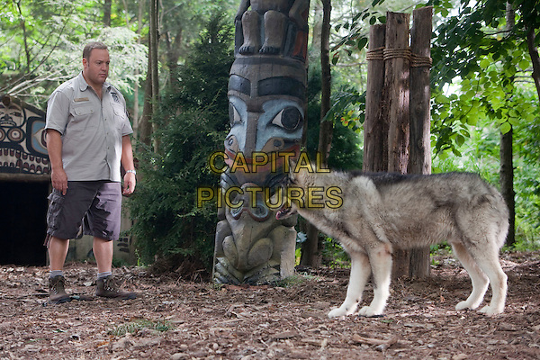 Kevin James.in Zookeeper.*Filmstill - Editorial Use Only*.CAP/PLF.Supplied by Capital Pictures.