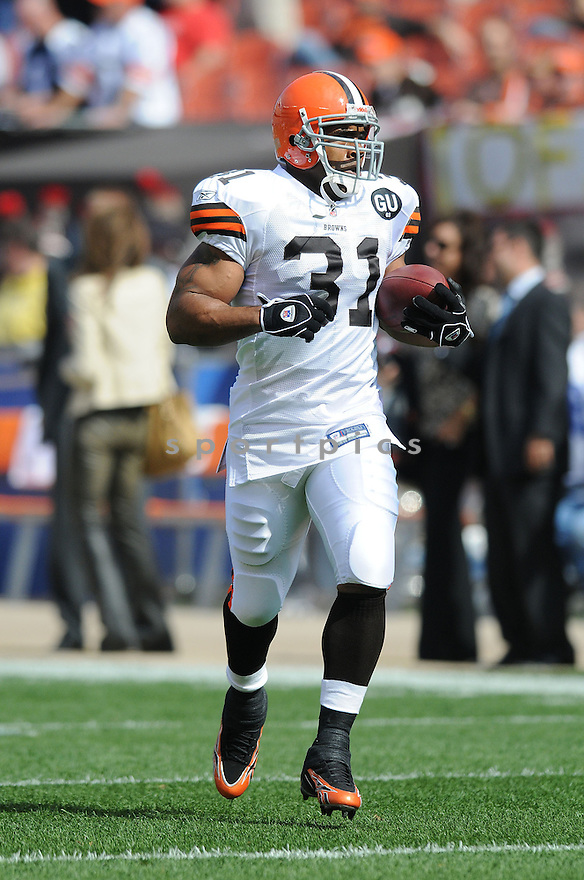 JAMAL LEWIS, of the Cleveland Browns , in action during the Browns game against the Dallas Cowboys in Cleveland, Ohio on September 7, 2008..The Dallas Cowboys won 28-10