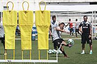 CAMPINAS, SP 01.04.2019 - PONTE PRETA - Diego Renan; tecnico Jorginho. A equipe da Ponte Preta realizou treino nesta segunda-feira (1) no estadio Moises Lucarelli, na cidade de Campinas, SP. (Foto: Denny Cesare/Código19)