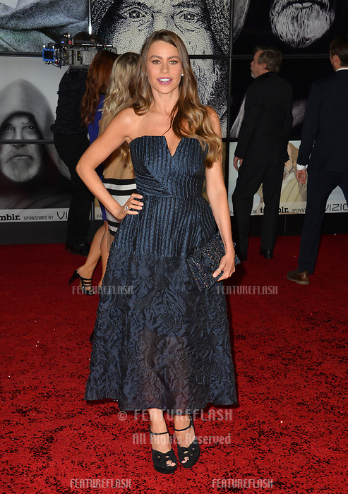 "Sofia Vergara at the world premiere for ""Star Wars: The Last Jedi"" at the Shrine Auditorium. Los Angeles, USA 09 December  2017<br /> Picture: Paul Smith/Featureflash/SilverHub 0208 004 5359 sales@silverhubmedia.com"