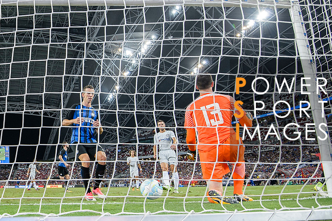 FC Internazionale Forward Ivan Perisic (L) celebrating his goal scored by penalty during the International Champions Cup 2017 match between FC Internazionale and Chelsea FC on July 29, 2017 in Singapore. Photo by Marcio Rodrigo Machado / Power Sport Images